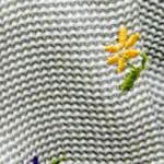 小花刺繍が愛らしいグレーシルクサッカー