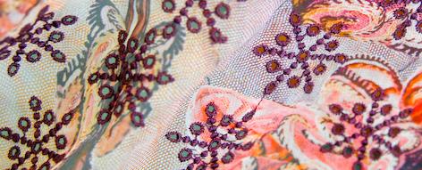 刺繍のシルクシフォン