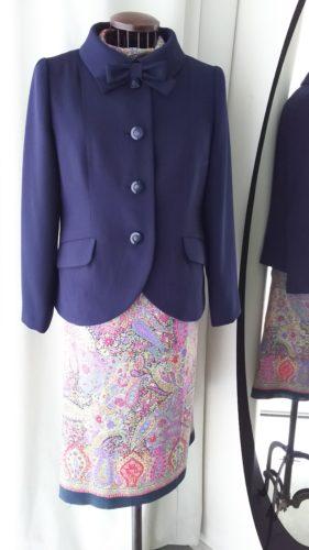 紺色のセミフォーマルジャケット